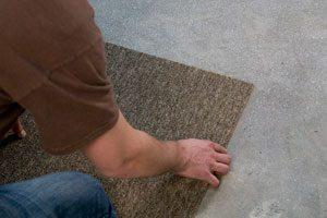 Floor adhesives for carpet tile