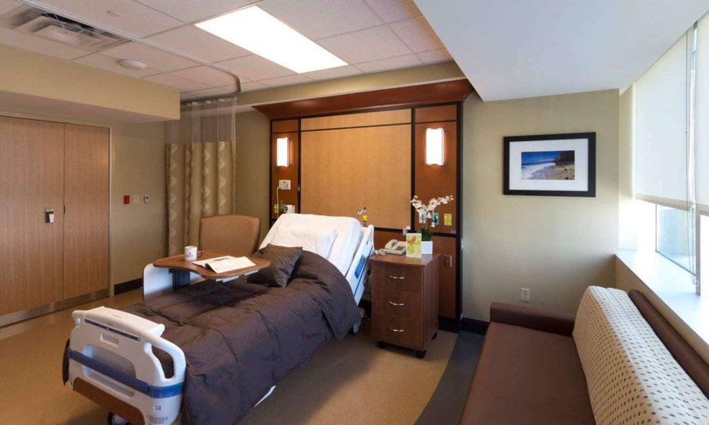 07-068B_LGMC-Patient-Room_MG_1639-1024x614